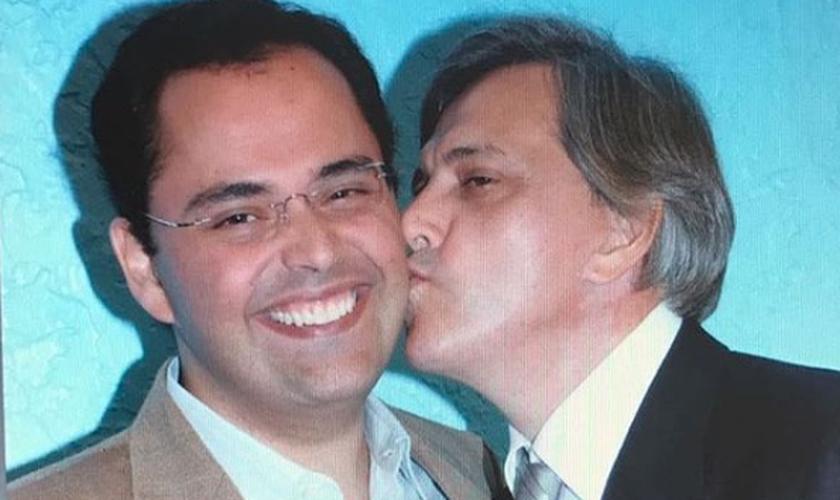 Bispo Tid (esquerda) e Ap. Estevam Hernandes (direita). (Foto: Instagram)