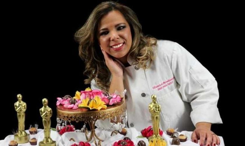 """Dona da """"Glamour Bombonier"""", Rayanne foi convidada para apresentar seus doces no Oscar. (Foto: Reprodução)"""