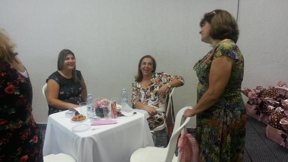 """Chá Entre Amigas"" na IAP Tatuapé"