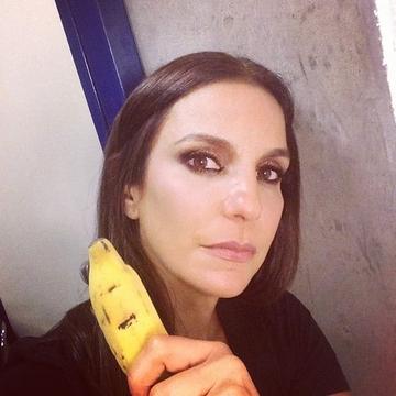 Banana_Apoio a Daniel Alves05
