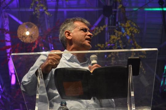 Conferência Livres - Antônio Carlos Costa 01