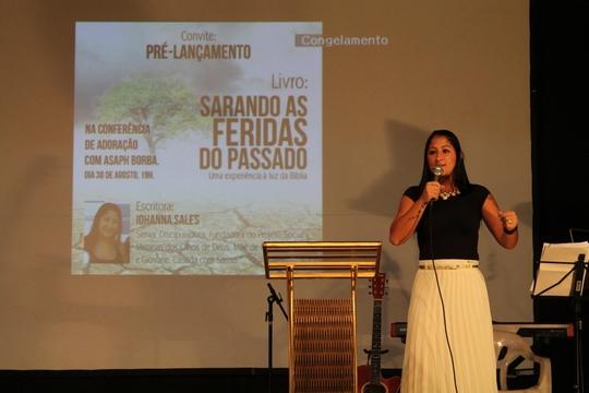 Confira as fotos da noite de louvor com Asaph Borba, em Fortaleza