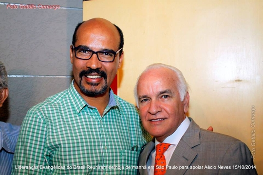 Aécio Neves se encontra com lideranças evangélicas em São Paulo; veja as fotos