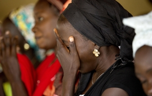 7c1f0e0fd6 Conheça a história da nigeriana que viu seu marido morrer por não ...