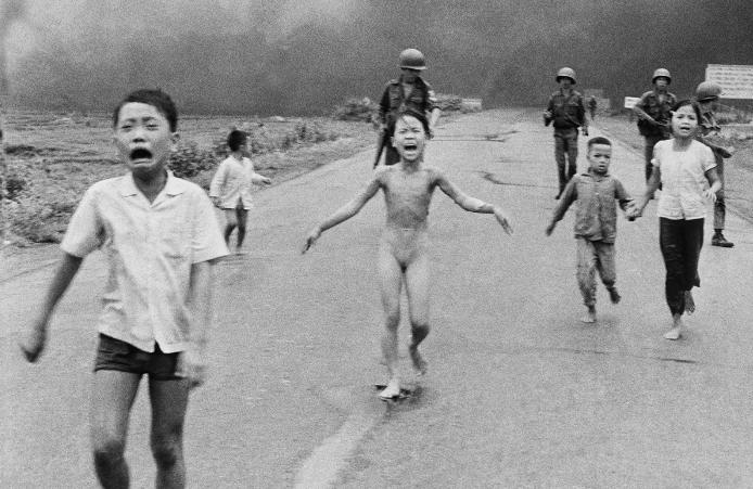 """""""Essas bombas me levaram a Cristo"""", diz Kim Phúc, símbolo da guerra do Vietnã"""