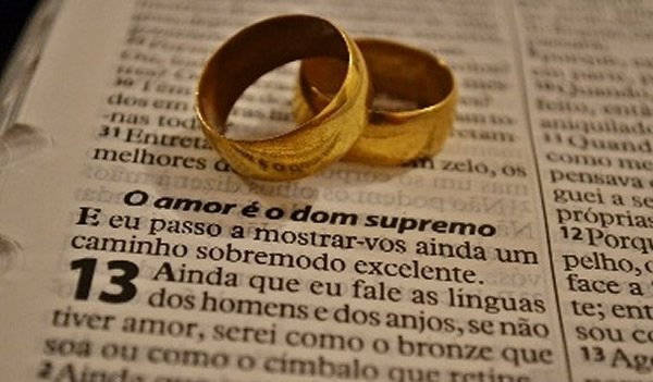 O preceito divino sobre o casamento