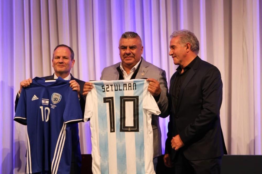 Palestina aproveita jogo entre Argentina e Israel para cobrar direito sobre Jerusalém