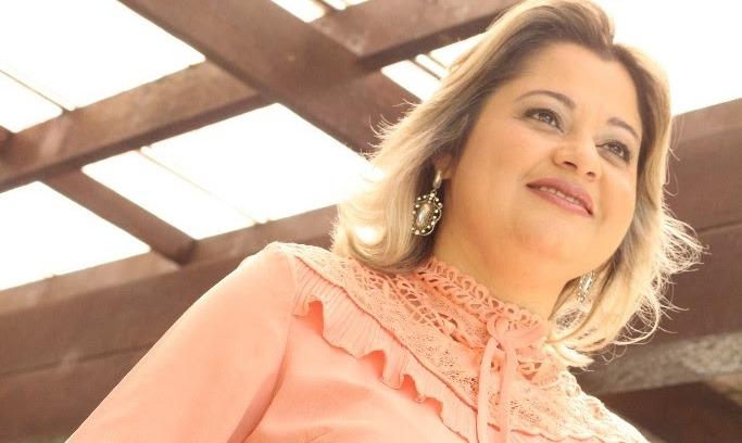 """Leila Francieli apresenta o single """"Alegria"""" e se prepara para novos lançamentos"""