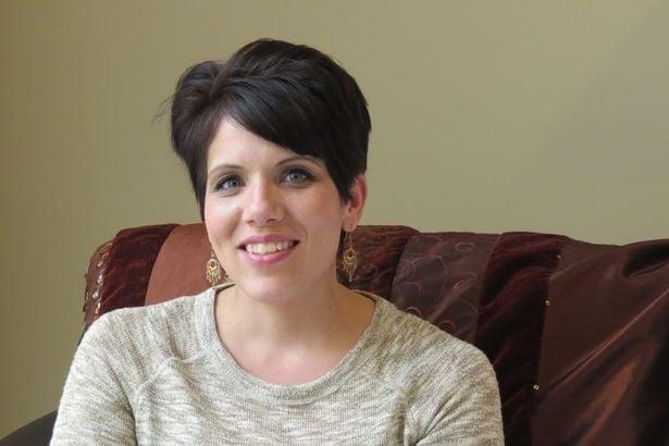 """Mulher que sobreviveu a aborto encontra e perdoa mãe: """"Deus reescreveu minha história"""""""