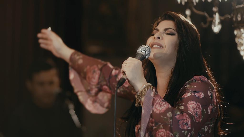 """Vanilda Bordieri lança """"Eu Não Estou Só"""", primeira canção inédita de seu novo projeto"""