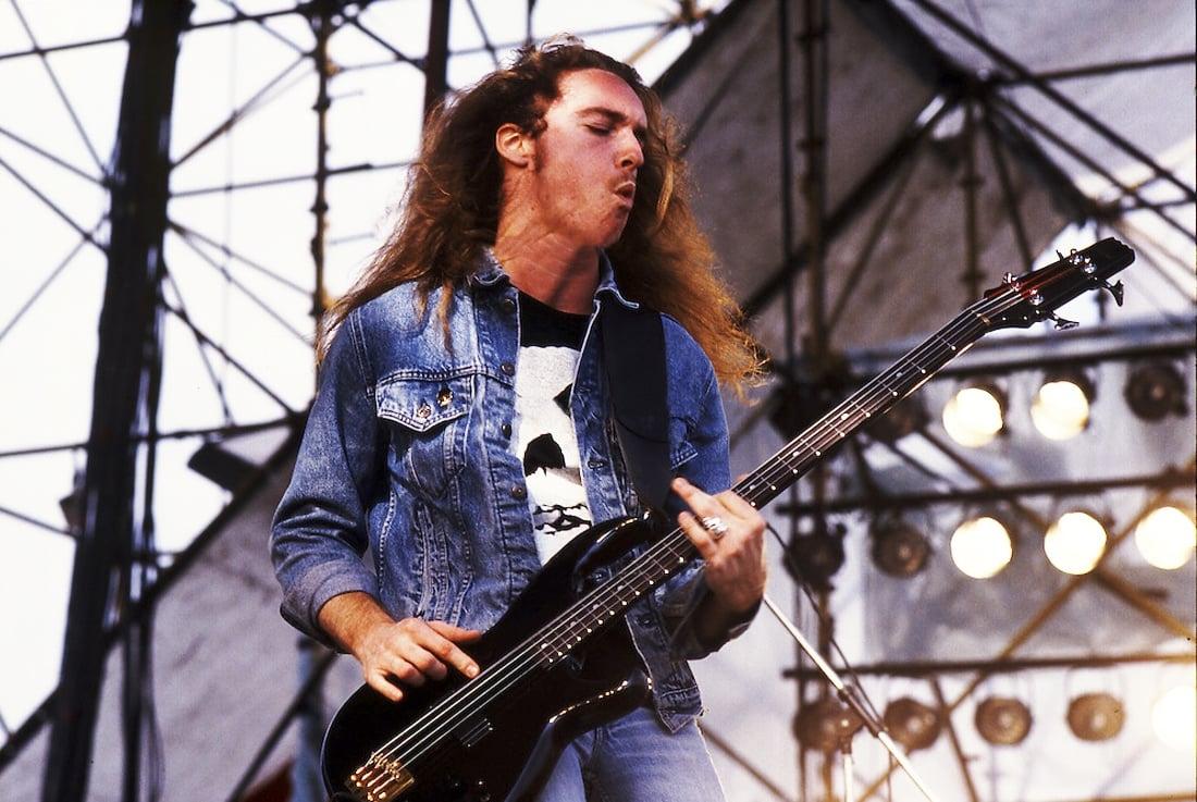 Ex-baixista do Metallica teve encontro com Deus antes de morrer, segundo sua irmã