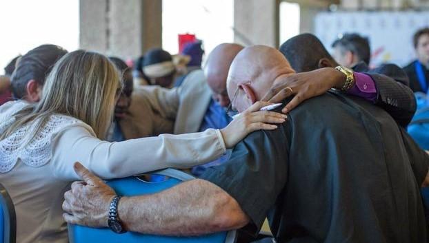 Anglicanos pedem reforma e exigem que liderança não negocie o Evangelho