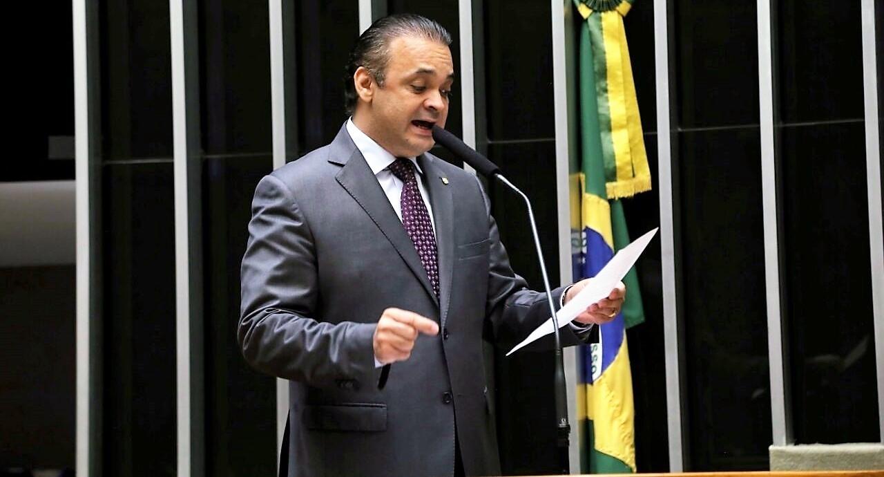 """Roberto de Lucena critica silêncio do Brasil sobre cristãos perseguidos: """"Nos ofende"""""""