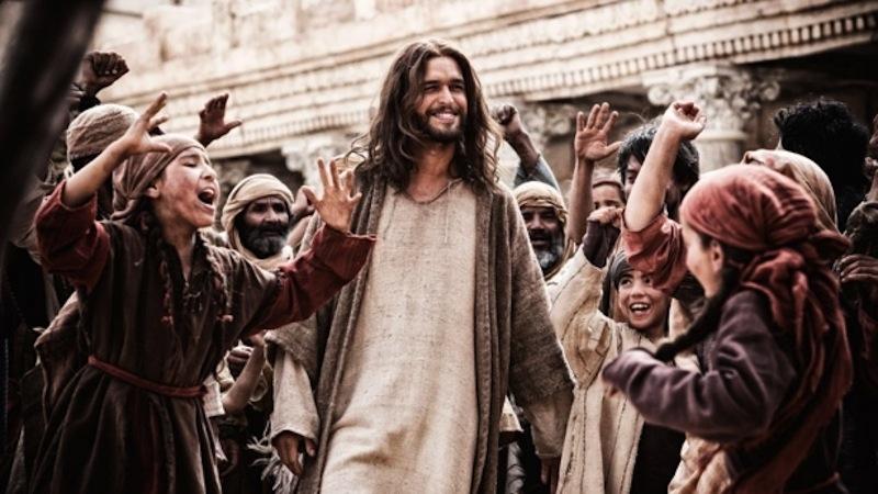 """""""Quem diz que 'Jesus é socialista', diminui Deus e idolatra a política"""", diz escritor"""