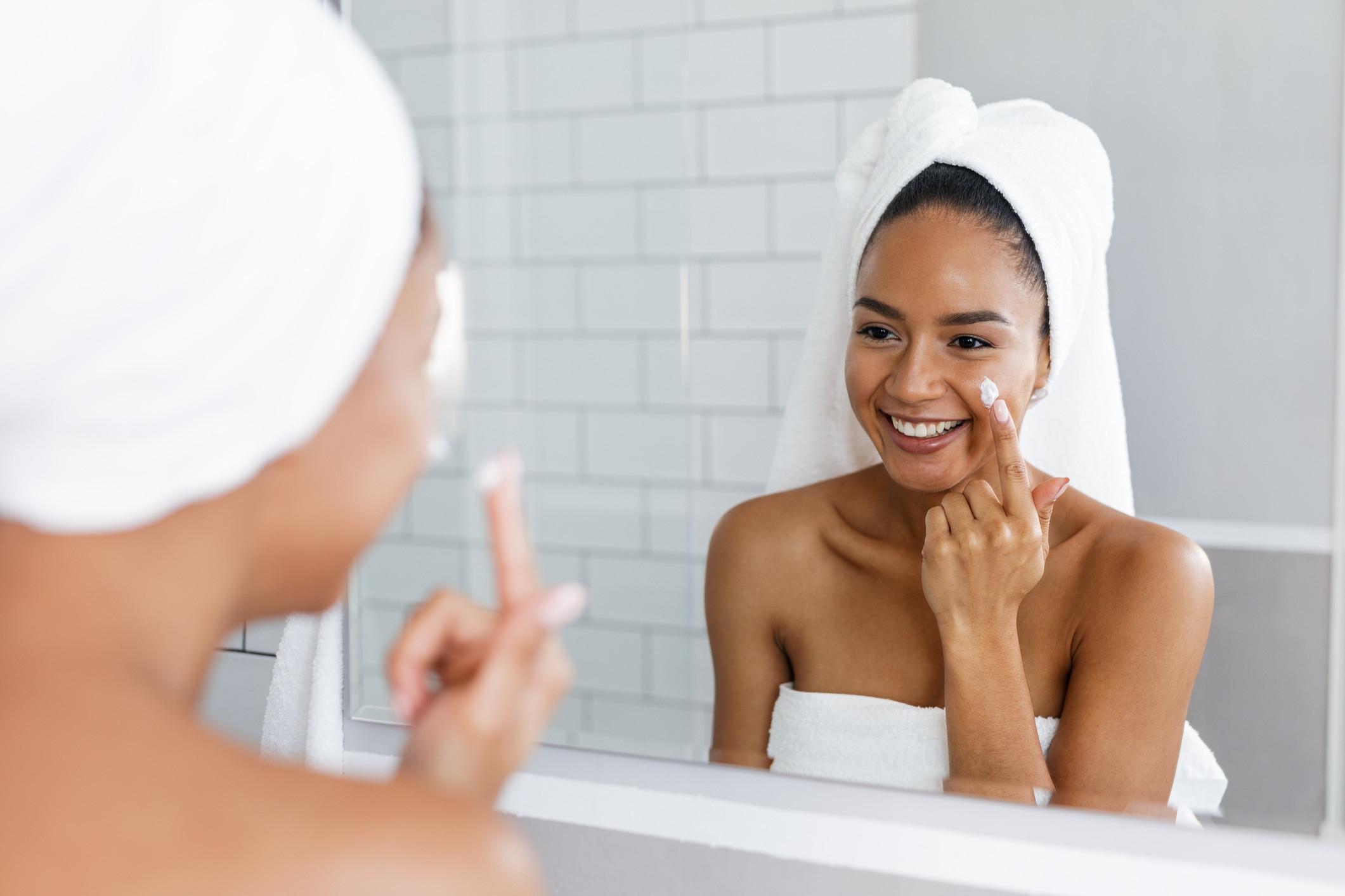Dicas para controlar a oleosidade da pele
