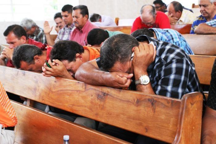 Cristão pode levar 80 chicotadas em praça pública por tomar a ceia, no Irã