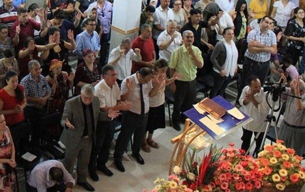 Em 10 anos número de cristãos aumenta de 10 mil para 500 mil na Argélia