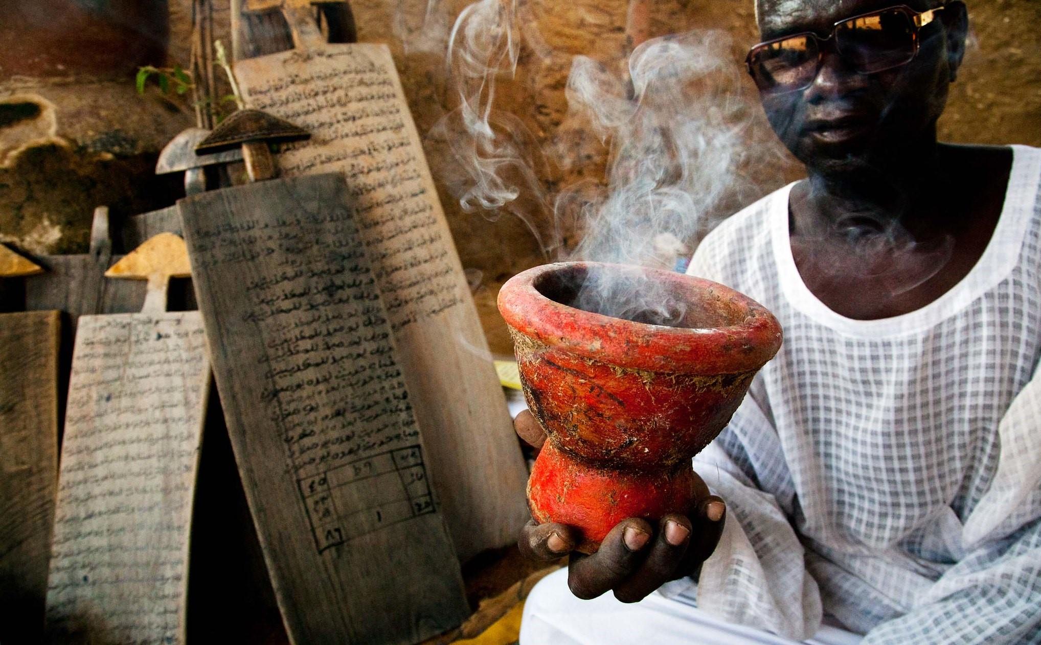 Pastor denuncia aumento de sacrifícios de crianças, em Uganda