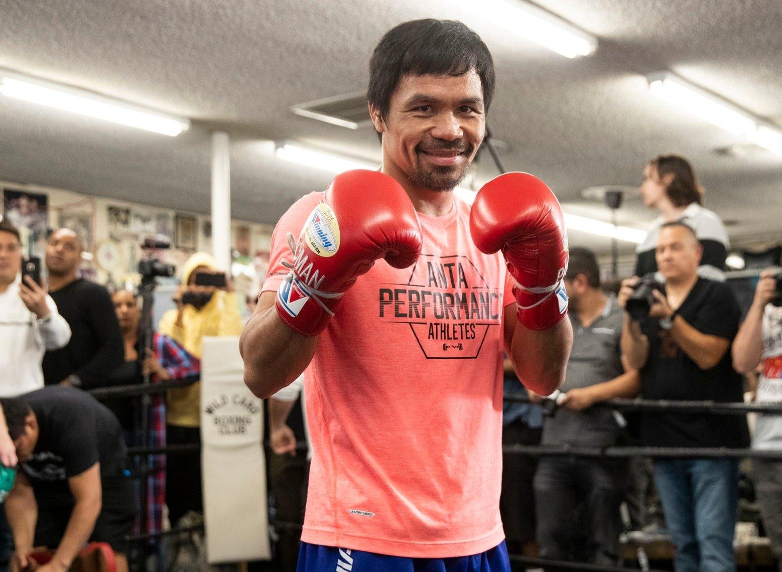 Campeão mundial de boxe diz que sua carreira é baseada na Bíblia e oração