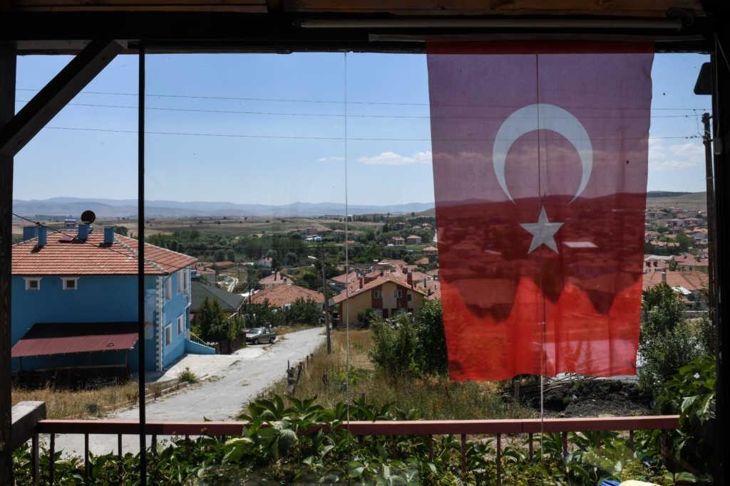 Seis vilas cristãs são incendiadas na fronteira entre Turquia e Síria