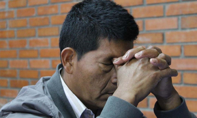 """Pastores afirmam que gangues querem erradicar igreja na Colômbia: """"Inimiga do crime"""""""