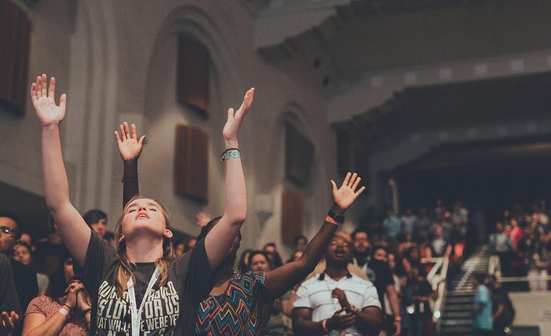 Estudo médico aponta a oração em línguas como uma prática espiritual