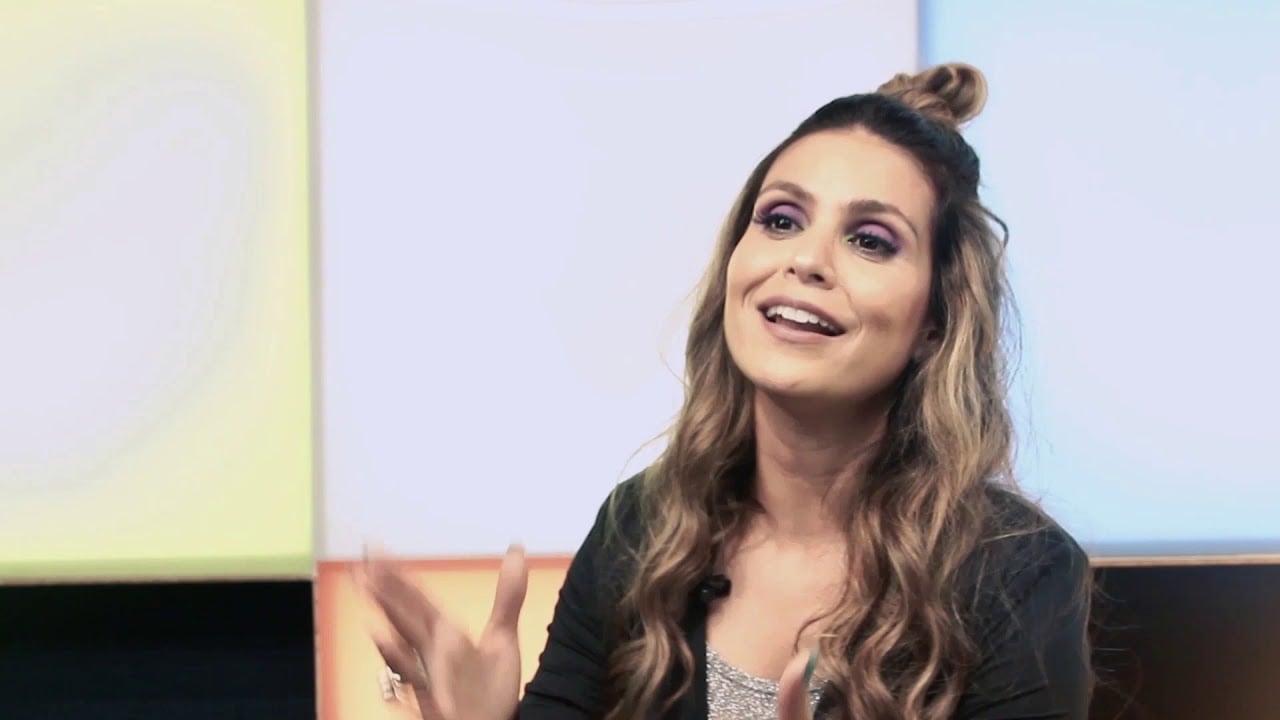 """Aline Barros lança o EP """"Deezer Sessions"""", com clássicos da música cristã"""