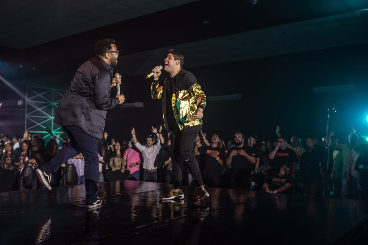 """Marcos Freire lança o single """"Não Vou Duvidar"""", com participação de Eli Soares"""