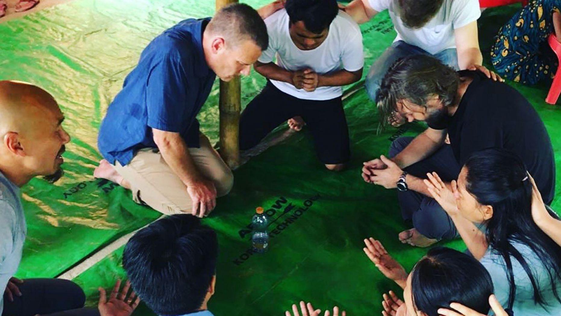 Surdos são curados após vila rural ouvir o Evangelho pela primeira vez, em Mianmar