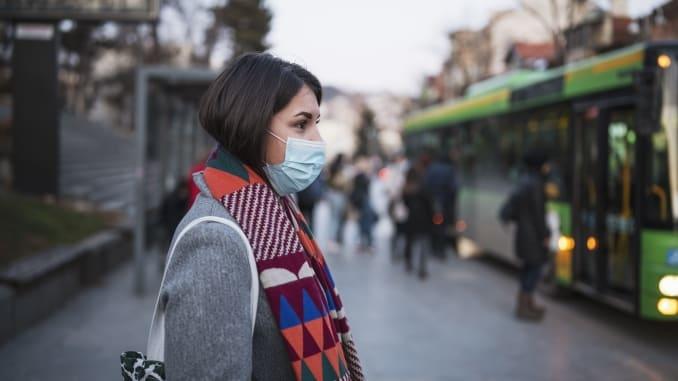 Coronavírus e roupas: os cuidados ao chegar em casa