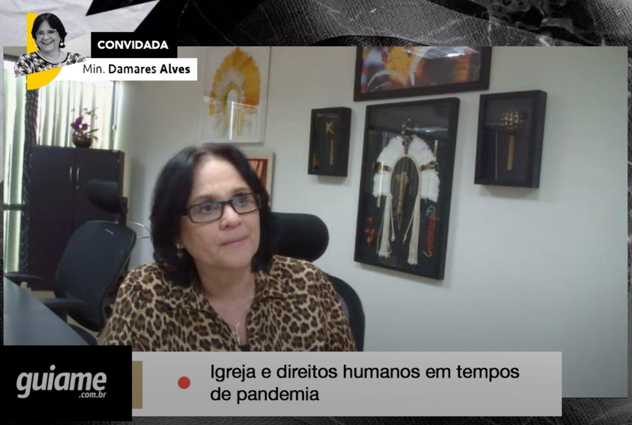 A pandemia mostrou que não precisamos de grandes eventos para ser Igreja, diz Damares Alves