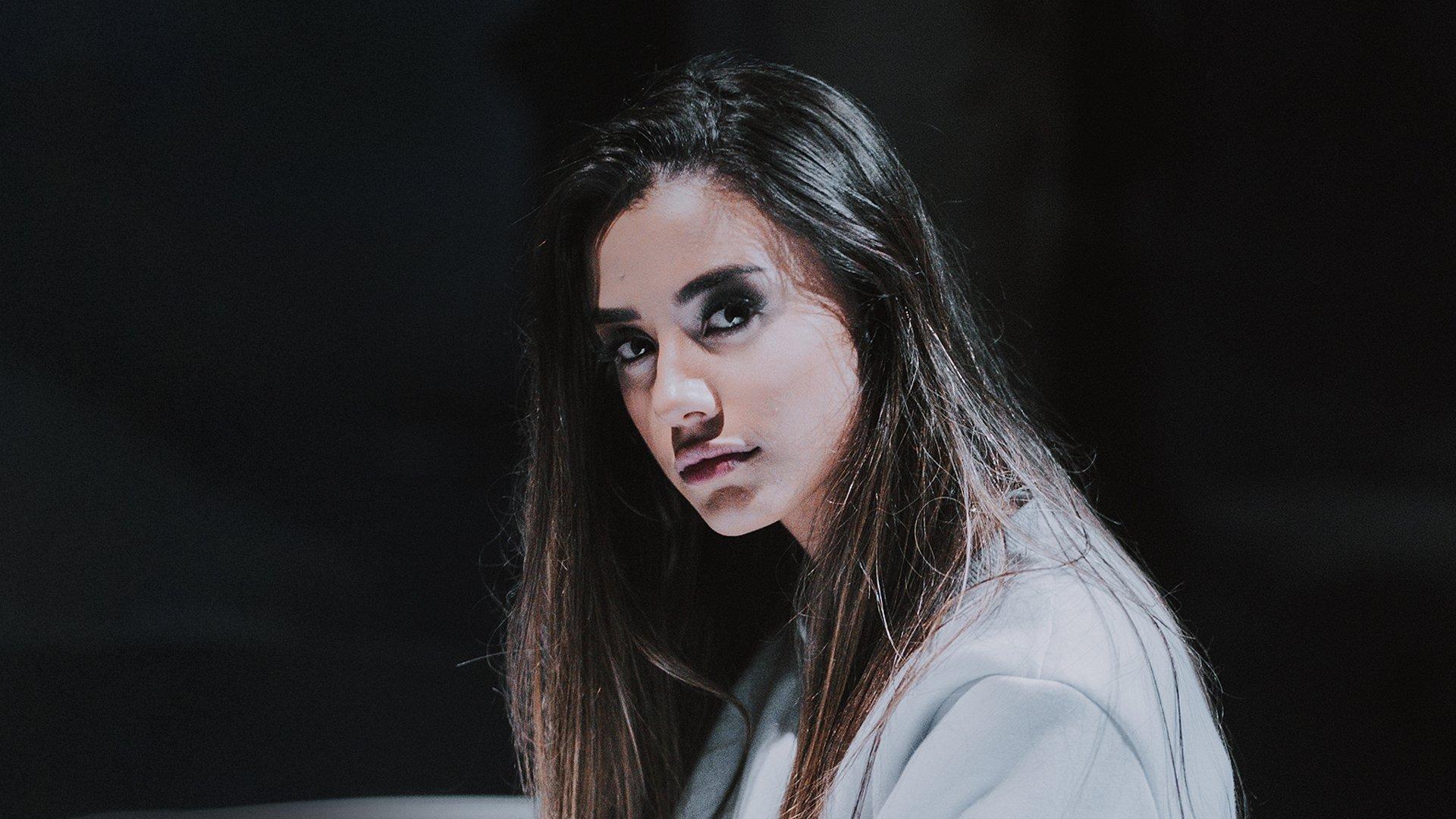 """Isadora Pompeo lança o clipe """"História"""""""