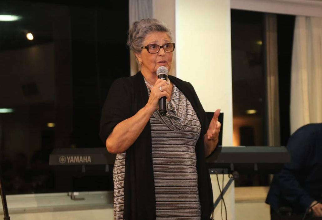 Missionária de 83 anos constrói legado ao resgatar jovens das drogas