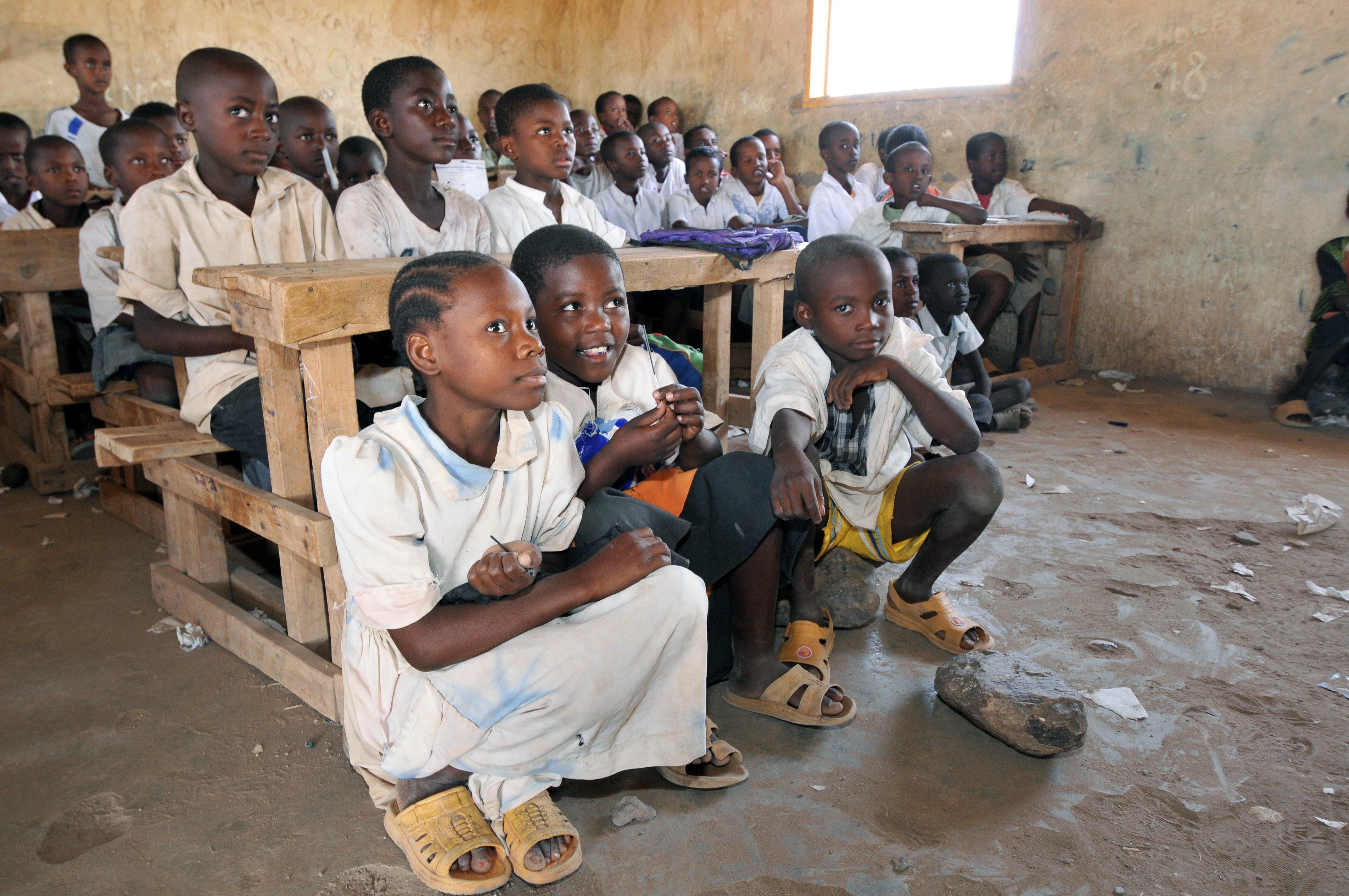 Sudão omite ensino do cristianismo e deixa apenas islamismo em cronograma escolar