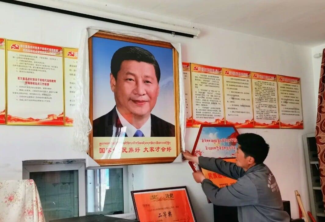 China diz aos cristãos para renunciarem à fé em Jesus e adorar o presidente do país