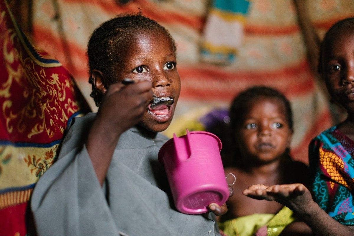 Cristãos recebem 6 vezes menos comida que muçulmanos em ajuda do governo, na Nigéria