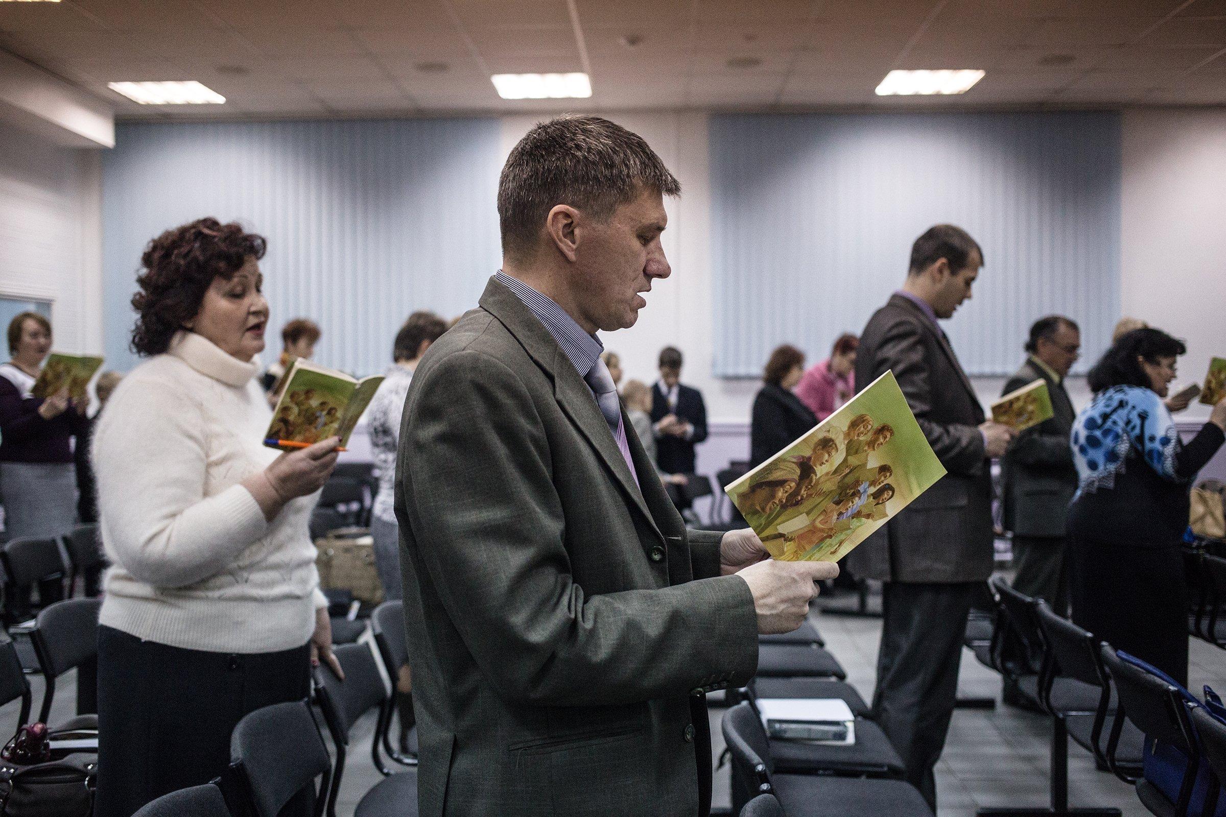 Rússia pode proibir estrangeiros de participarem de atividades religiosas