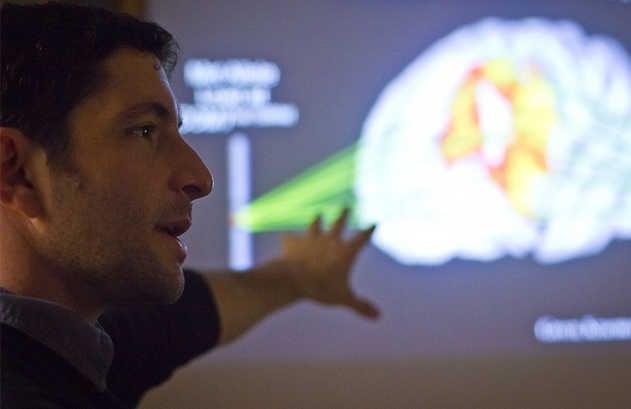 Estudo com neurocientistas mostra como a fé em Deus está ligada ao cérebro