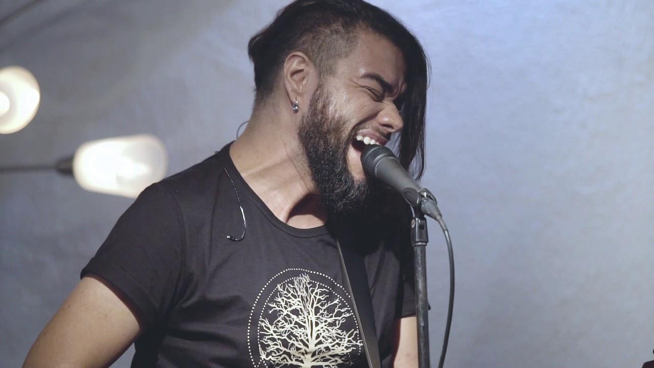 """Mauro Henrique lança releitura da música """"O Tiro"""", com o grupo Scatalove"""