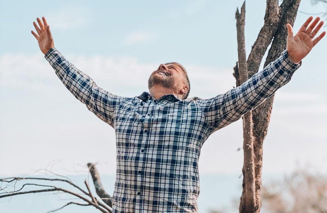 Razão e emoção: pastor ensina como expressar o amor a Deus através da alma e conhecimento