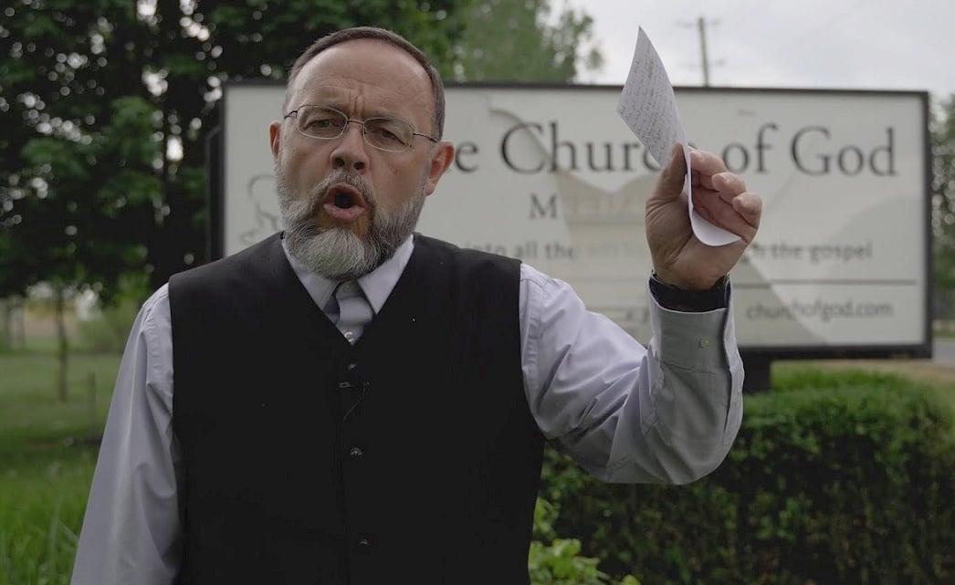 Igreja canadense é multada em 183 mil dólares por cultos ao ar livre na pandemia