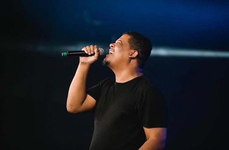"""Oseas Silva e Elyas Vianna declaram a grandeza de Deus no single """"Imensidão"""""""
