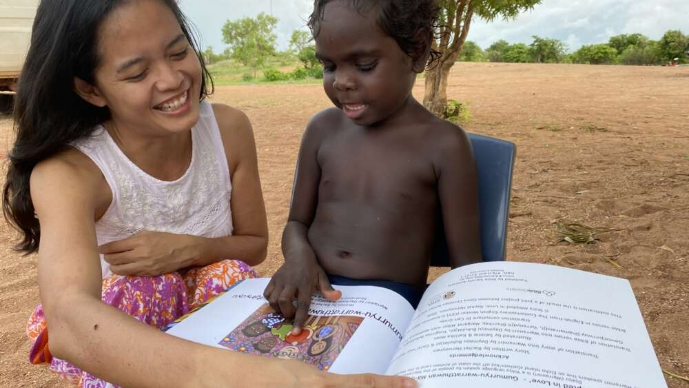 """Jovem vive profecia recebida aos 9 anos: """"Deus disse que eu dirigiria uma escola"""""""