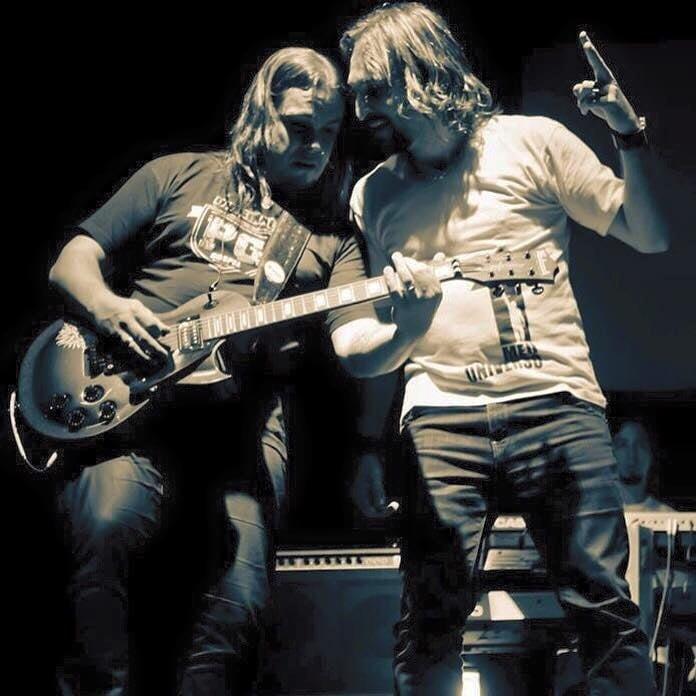 """PG comenta a saída de Téo Dornellas de seu ministério: """"O amor que temos por ele vai além de banda ou música"""""""