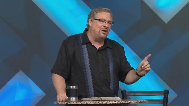 Liderada por Rick Warren, igreja Saddleback doa 70 milhões de dólares em campanha de ação social