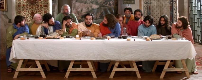 'Porta dos Fundos' satiriza milagres de Jesus, Santa Ceia e ressurreição em novos vídeos