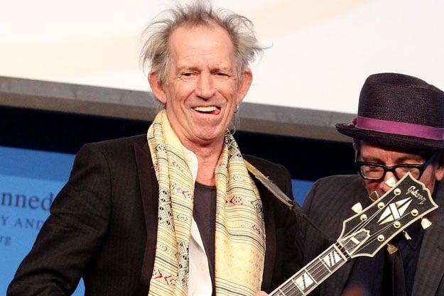 Guitarrista do Rolling Stones deixou as drogas e frequenta igreja