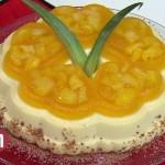 Abacaxi com creme de leite condensado
