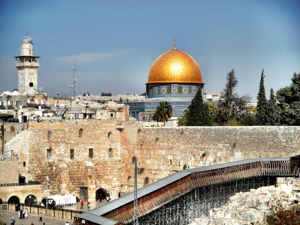 Descendentes de Davi entram na Justiça para se apropriar do Monte do Templo