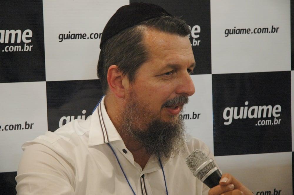 """Rabino Mário Moreno sobre o Ano Novo Judaico: """"Por que a igreja não obedece o calendário estabelecido por Deus?"""""""